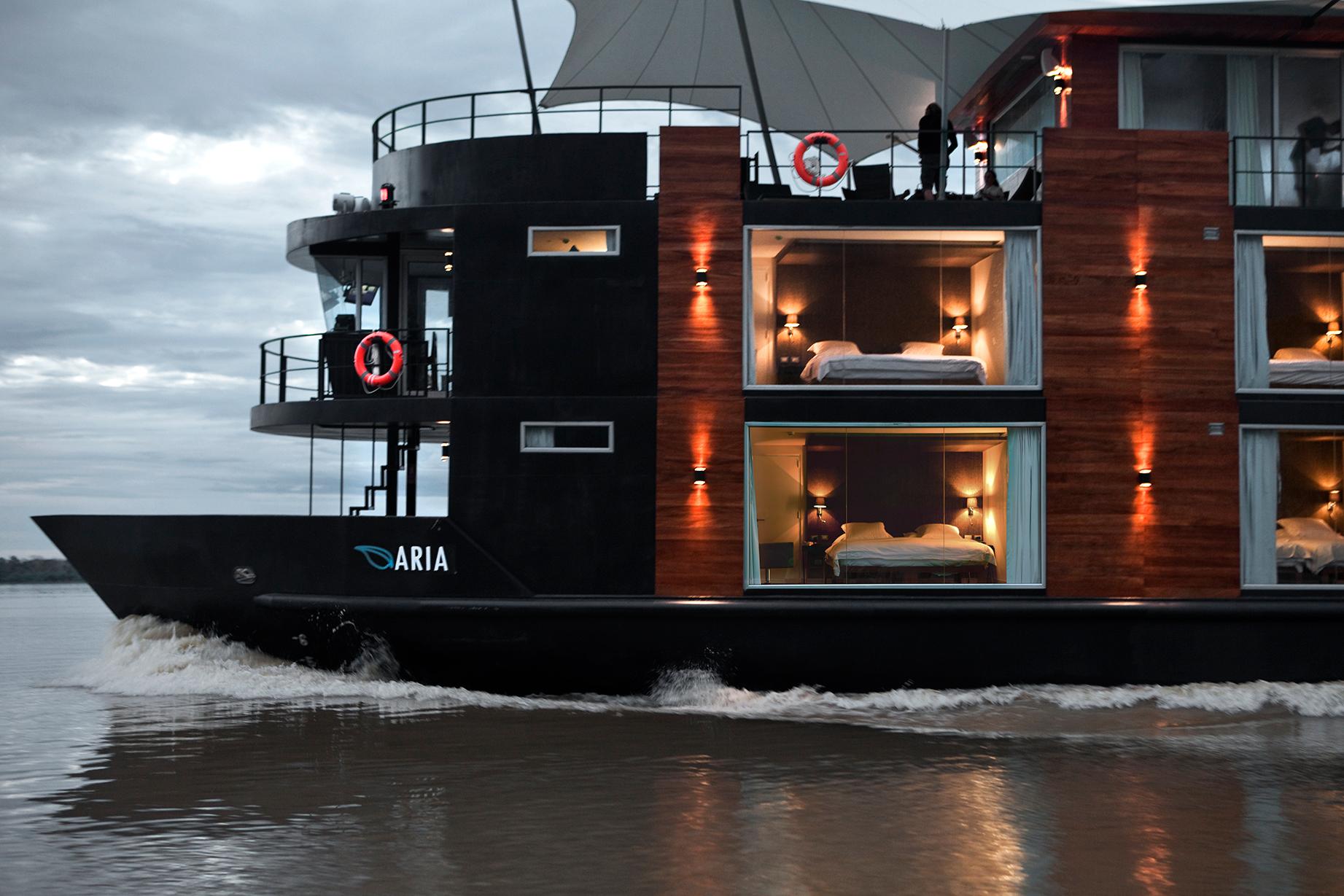 Barco Amazonas Perú viaje a medida